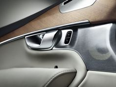 Volvo XC90 white and wood idea #car #interior