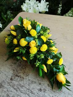 Casket Flowers, Funeral Flowers, Funeral Floral Arrangements, Flower Arrangements, Funeral Sprays, Funeral Gifts, Willow House, Cemetery Decorations, Funeral Tributes