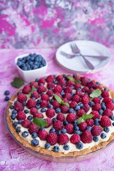 tarta zmalinami iborówkami Calzone, Pavlova, Mozzarella, Raspberry, Cooking Recipes, Fruit, Food, Pizza, Cakes