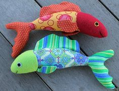 Jody Herbert sewed these two lovely fish from Stuffed Animals. This is the first project in the book - a simple outline toy. These came out terrific!