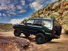 '97 Land Rover Discovery off roading in Utah