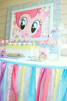 esta mesa me encantó la decoracion...
