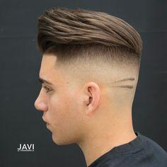 Undercut Mit übergang Frisur Männer Modern Nach Hinten Frisuren