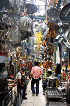 La merced Market in Mexico city kitchen supply section
