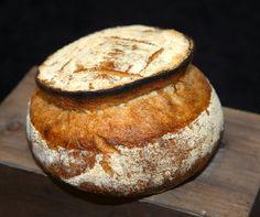bernd's bakery: Pain Chapeau (bio) / Pain Chapeau (organic)