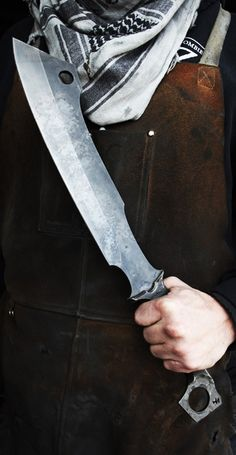 The Zombie Tools Rat Bastard Fixed Knife Blade. The Rat Bastard is full tang, heat-treated for all manner of mischief, and comes standard with a Kydex sheath. @aegisgears https://www.zombietools.net/shop/rat-bastard/