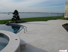 Excellent marble paver work with Crema Winter Marble Sandblasted. Custom Countertops, Quartz Countertops, Natural Stone Pavers, Natural Stones, Marble Tiles, Pool Designs, Exterior Design, Swimming Pools, Home And Garden