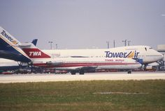 12da - TWA Boeing 727-231; N54354@MIA;31.01.1998 by Aero Icarus, via Flickr
