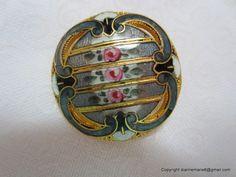 Antique Enamel Button.  Owner/Seller buttonfun7 on ebay.