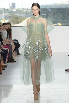 Delpozo RTW Spring 2015 - Slideshow - Runway, Fashion Week, Fashion Shows, Reviews and Fashion Images - WWD.com