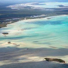 A gorgeous aerial shot of crucial shorebird habitat in the Bahamas. #ShorebirdSaturday Photo: @CamillaCerea/Audubon by audubonsociety