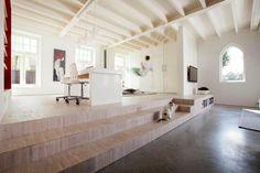 Iglesia Holandesa convertida en un lujoso Loft http://www.icono-interiorismo.blogspot.com.es/2015/03/iglesia-holandesa-convertida-en-un.html