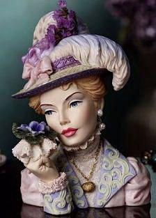 Victorian Violets -  Blythe 1989 lady head vase Vasos Vintage, Vintage Vases, Vintage Ceramic, Shabby Chic Antiques, Vintage Antiques, Sculpture Head, Sculptures, Mini Vase, Head Planters