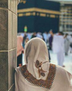 Jumma Mubarak Pics - جمعہ مبارک Wishes Images, Quotes, Dua, Dp For Muslims Muslim Men, Muslim Girls, Muslim Couples, Islamic Images, Islamic Pictures, Islamic Art, Muslim Pictures, Islamic Quotes, Mecca Madinah