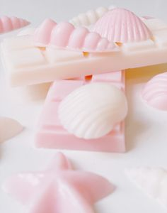 Natural Candles, Handmade Candles, Candle Wax, Wax Melts, Sea Shells, Fragrance, Box, Cake, Ethnic Recipes