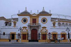 Construida originalmente en madera en 1733, en el monte del Baratillo (por lo que es conocida tambié... - Externa