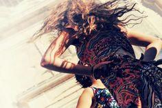 Il rumore del mare http://youtu.be/0jryWN38HfQ #tarantula #danzascherma #pugliachedanza