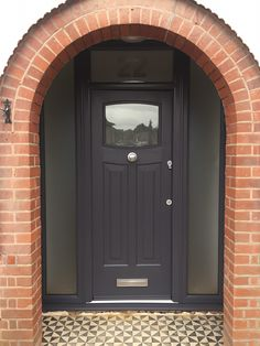 Home Renovation Front Door A beautiful Anthracite Grey Newark with colour matching frame. The Rockdoor is fitted with misted glass, plus misted glass side panels and etched fan light. Front Door Porch, Porch Doors, Front Door Entrance, House Front Door, House Doors, Barn Doors, Front Door Steps, Grey Composite Front Door, Grey Front Doors