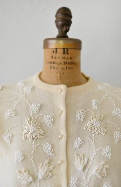 detail: vintage 1950s cream beaded soutache cardigan