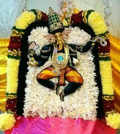 Shri Ganesh, Lord Murugan, Wreaths, God, Central Asia, Halloween, Heart, Home Decor, Dios