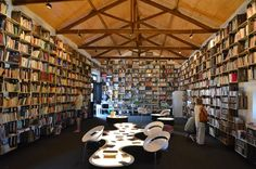 Biologique, Portugal, Conference Room, Furniture, Home Decor, Old Books, Bookstores, Decoration Home, Room Decor