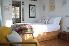 Tucked away in the old quarter of Penzance, Artist Residence Cornwall is a fun & friendly boutique hotel with 22 bedrooms and a cottage. Things To Do In Cornwall, Cornwall Hotels, Penzance Cornwall, Best Boutique Hotels, Hostel, Rustic Style, Bed And Breakfast, Room Decor, Places
