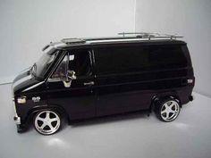 Chevrolet Van black Highway 61 modellauto 1/18 - Kaufen/Verkauf modellauto - Online-modellautos.de