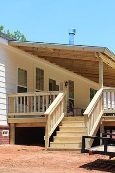 ideas for backyard covered patio diy front porches Patio Diy, Patio Pergola, Diy Porch, Wood Patio, Patio Roof, Backyard Patio, Porch Ideas, Pergola Kits, Patio Ideas