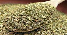 This tea cures fibromyalgia, rheumatoid arthritis, Hashimoto, multiple sclerosis and more . - Information and inspiration for a Conscious, Vegan and (F) Rough Life. Rheumatische Arthritis, Rheumatoid Arthritis Symptoms, Types Of Arthritis, Arthritis Remedies, Herpes Remedies, Thyme Tea, Hashimoto, Psoriasis Diet, Medicinal Plants