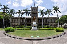Ali'iolani Hale-home of the Supreme Court of Hawai'i. The statue is of King Kamayamaya. (Sp??)