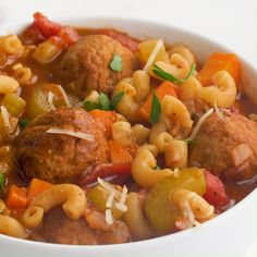food recipies This easy meatball soup recipe comes together in one pot in less than 45 minutes! It's super hearty, flavorful and sure to be a family favorite! Healthy Soup, Healthy Dinner Recipes, Great Recipes, Healthy Eating, Beef Recipes, Soup Recipes, Cooking Recipes, Meatball Soup, Soup And Salad
