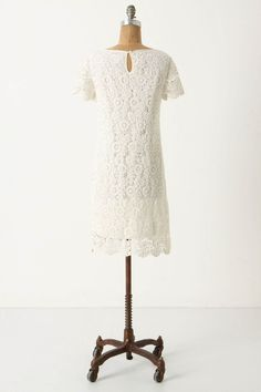Anthropologie's Moulinette Soeurs Horkelia Shift (looking for sz 0 or 2!)