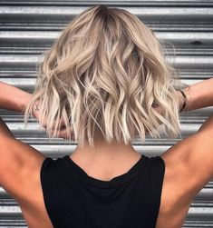 10 Stylish Lob Hairstyle Ideas, Best Shoulder Length Hair for women 2019 - Schulterlange Haare Ideen Above Shoulder Length Hair, Neck Length Hair, Shoulder Length Hairdos, Hair Length Chart, Medium Hair Styles, Curly Hair Styles, Lob Hairstyle, Hairstyle Ideas, Perfect Hairstyle