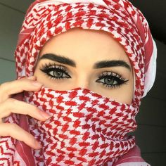 Arabic Head cover for Turbante Unisex Arab Girls Hijab, Muslim Girls, Beautiful Muslim Women, Beautiful Hijab, Beautiful Eyes, Stylish Girls Photos, Stylish Girl Pic, Hijabi Girl, Girl Hijab
