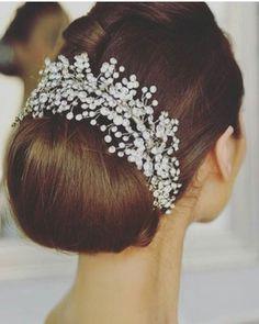 #mua#fashion #fashiongram #perfect #instagood  #streetstyle #outfit #instastyle #bridetobe  #instafashion #dubai#gown #noi  #todaysoutfit #amazing #stylish #shoes #nails #couture  #beautiful #picoftheday#outfit  #instagood#heel#glamour  #hautecouture#couture  #instabride#dress  #couture#vestido#hudabeauty  #vestidodenoiva #madeinvenice