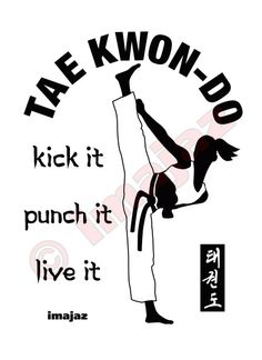 kick it, punch it, live it Taekwondo Art 5 WHITE Sweatshirt