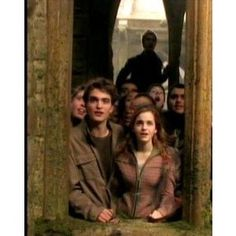 Robert Pattinson & Emma Watson, HARRY POTTER & THE GOBLET OF FIRE