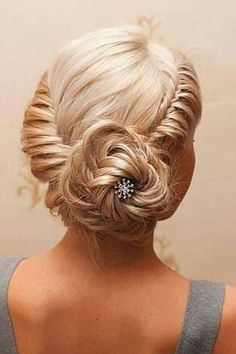 Great Hairstyle from Prom