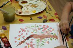 """Детский рисунок акварелью """"Осеннее дерево"""""""