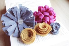 Felt flower tutorial. I've made most of these before, but it's great to have all the tutorials in one place.