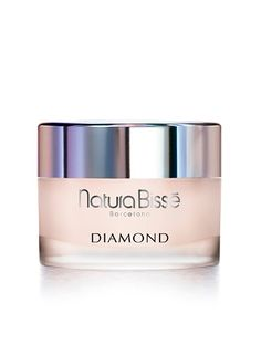 Natura Bissé's DIAMOND BODY CREAM. It is an exclusive body treatment cream, highly effective in the fight against aging. Its significant firming power also delivers hydration, elasticity and luminosity, which are reflected in your satiny, glowing skin. DIAMOND BODY absorbs quickly, allowing you to dress immediately after application. It is an effective treatment for stretch marks.