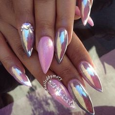 Discovered by icy.charvaé. Find images and videos about nails, holographic and iridescent on We Heart It - the app to get lost in what you love.