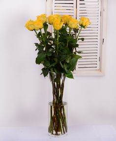 Yellow roses #roses #flowersdelivery #gift #suprise #birthday #kvetyexpres #Slovakia Flower Delivery, Yellow Roses, Glass Vase, Birthday, Gifts, Home Decor, Birthdays, Presents, Decoration Home