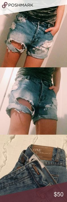 One Teaspoon Shorts ❤️JUST MOVED! I have made a move 600 miles away from my home-home. Now that I live on my own, I am learning to let go of materials and just have things I NEED. Might as well pass these items to someone who would love and care for it as I did. ❤️I would like to keep my post description very simple. If you need pictures of tags or details or close ups or size . Please Lmk. For now just throwing the pictures I have up. All items have been washed/ steamed or / dry cleaned…