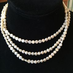 HP! White water pearl necklace, wear 3 ways Gorgeously stunning.  Great condition. Elegant clasp.  Can wear any way you want.  Wear it 3 ways! Great on its own or for layering.  A classic piece.  HOST PICK! A-List Style Party 2/20/15 Jewelry Necklaces