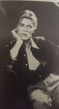 Ideas For Birthday Photography Men David Bowie Daft Punk, David Bowie Wallpaper, Beatles, Disney Magic, Walt Disney, Freddie Mercury, Goblin King, Major Tom, Birthday Photography