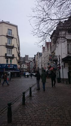 Place Sainte Catherine - Brux