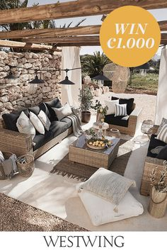 Loving these black-brown-white color combinations for a patio space. Outdoor Sofa, Outdoor Fabric, Outdoor Seating, Outdoor Rooms, Outdoor Furniture Sets, Outdoor Decor, Patio Daybed, Relax, Design Jardin