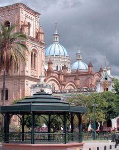 Cuenca continues to draw visitors and expats from all over the world.