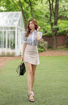 Korean Women`s Fashion Shopping Mall, Styleonme. Korea Fashion, Girl Fashion, Fashion Outfits, Womens Fashion, Beautiful Legs, Gorgeous Women, Pleated Mini Skirt, Mini Skirts, Cute Asian Girls